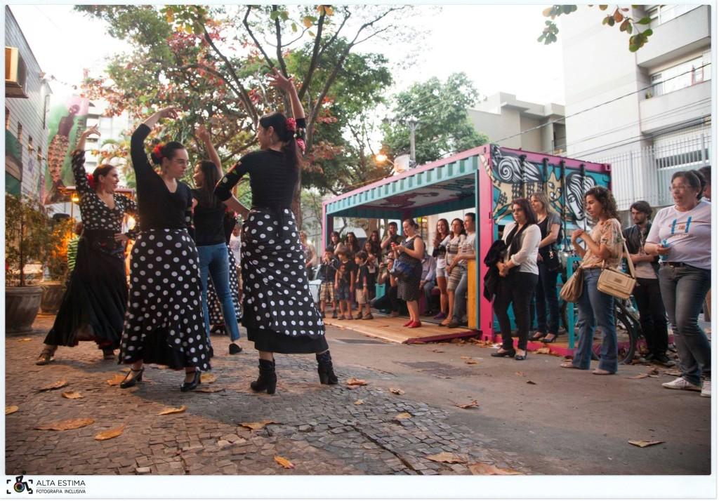 Flash-mob de dança flamenca. (Foto de Marta Alencar)