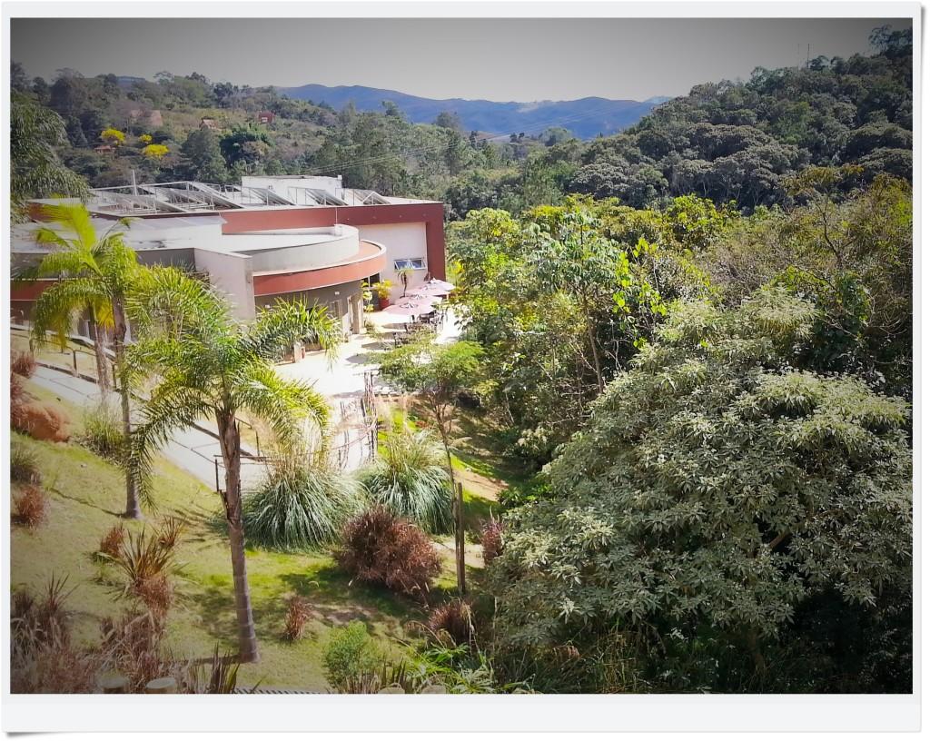 Será que você poderia imaginar um local tão bonito e confortável a apenas 30km de Belo Horizonte? Eu também não...