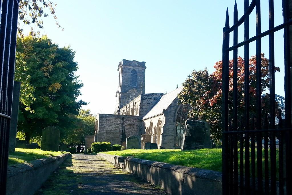 Esta bela construção, ao lado do Sage, já abrigou uma igreja. Agora é um centro cultural.