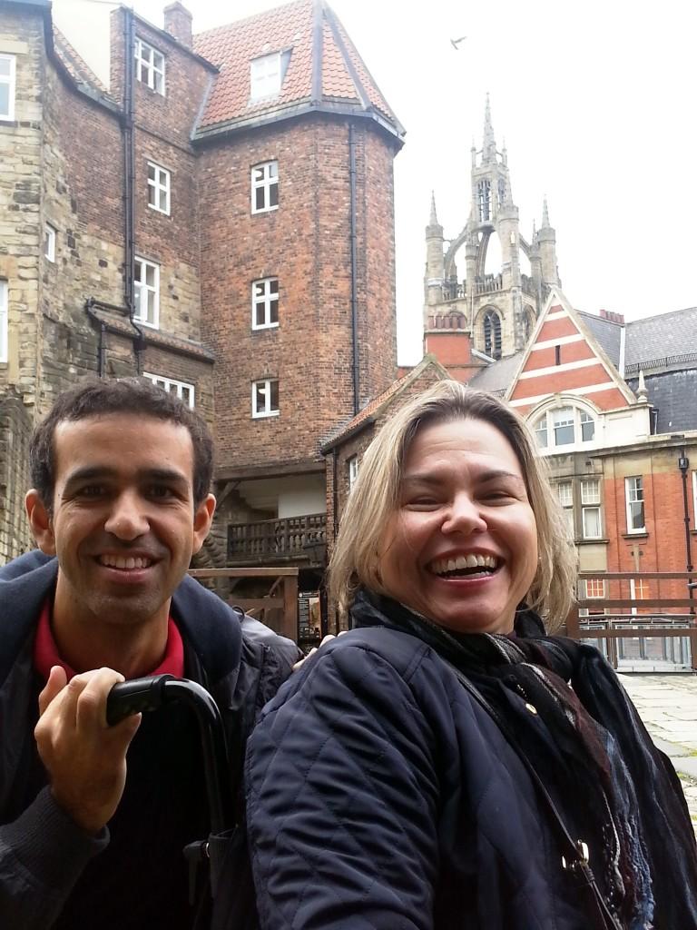 No castelo com o Guile, que foi me visitar em Newcastle.