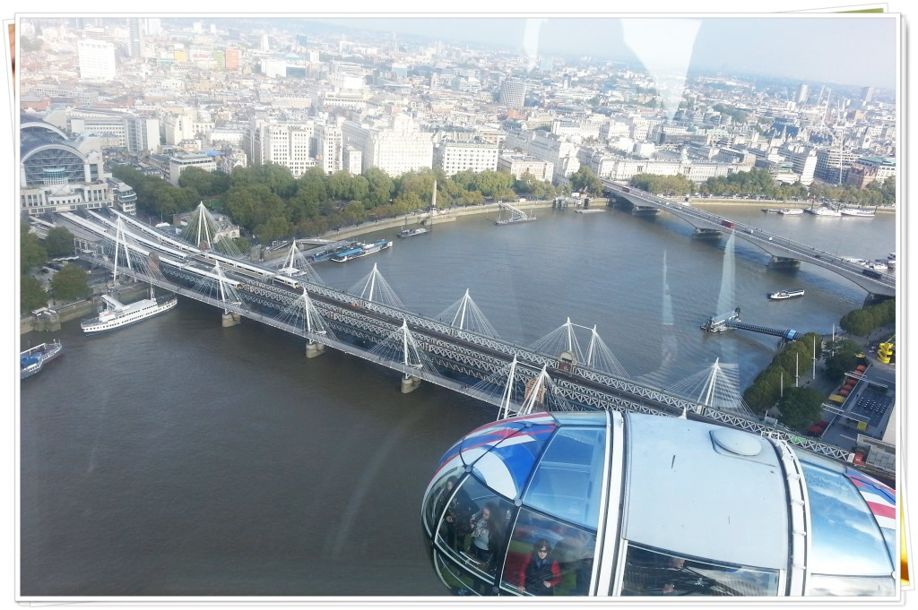 Nesta foto, vc pode observar uma das cápsulas da London Eye.