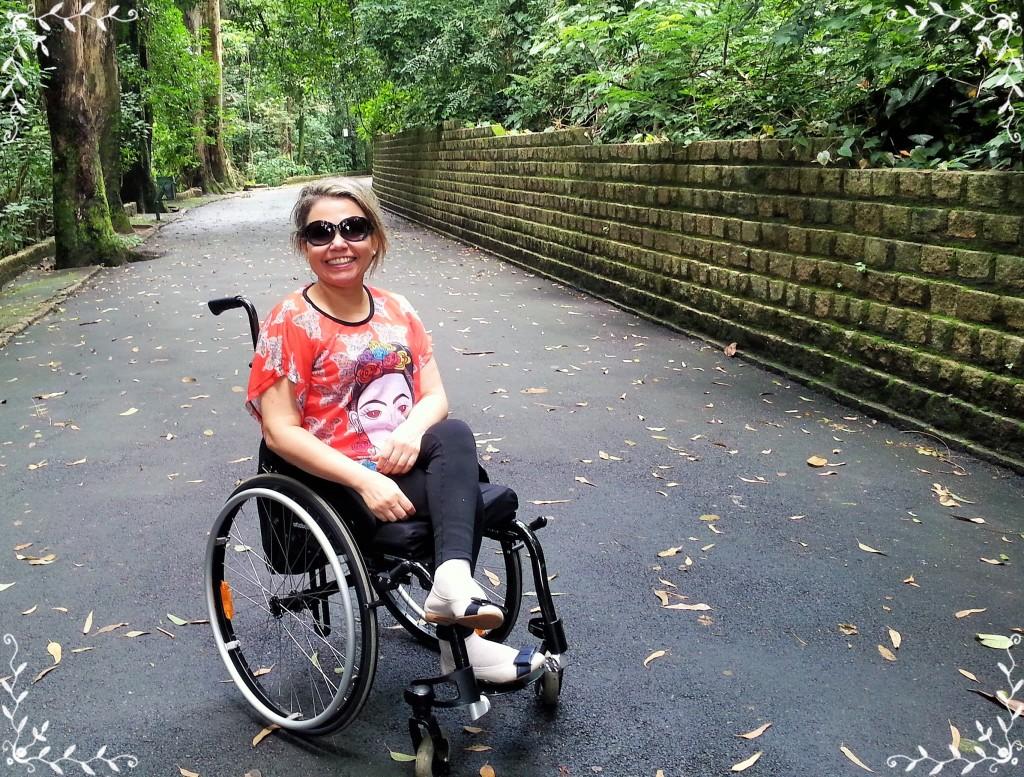 O passeio pelo Bosque dos Jequitibás é muito agradável, mas requer um empurrador forte ou equipamento motorizado.