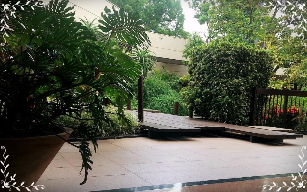 Adorei o Shopping Galleria, todo a céu aberto, com agradáveis jardins.