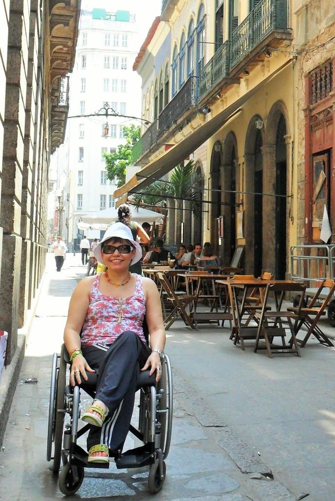 Rua do Rosário: estreitinha, mas muito charmosa.