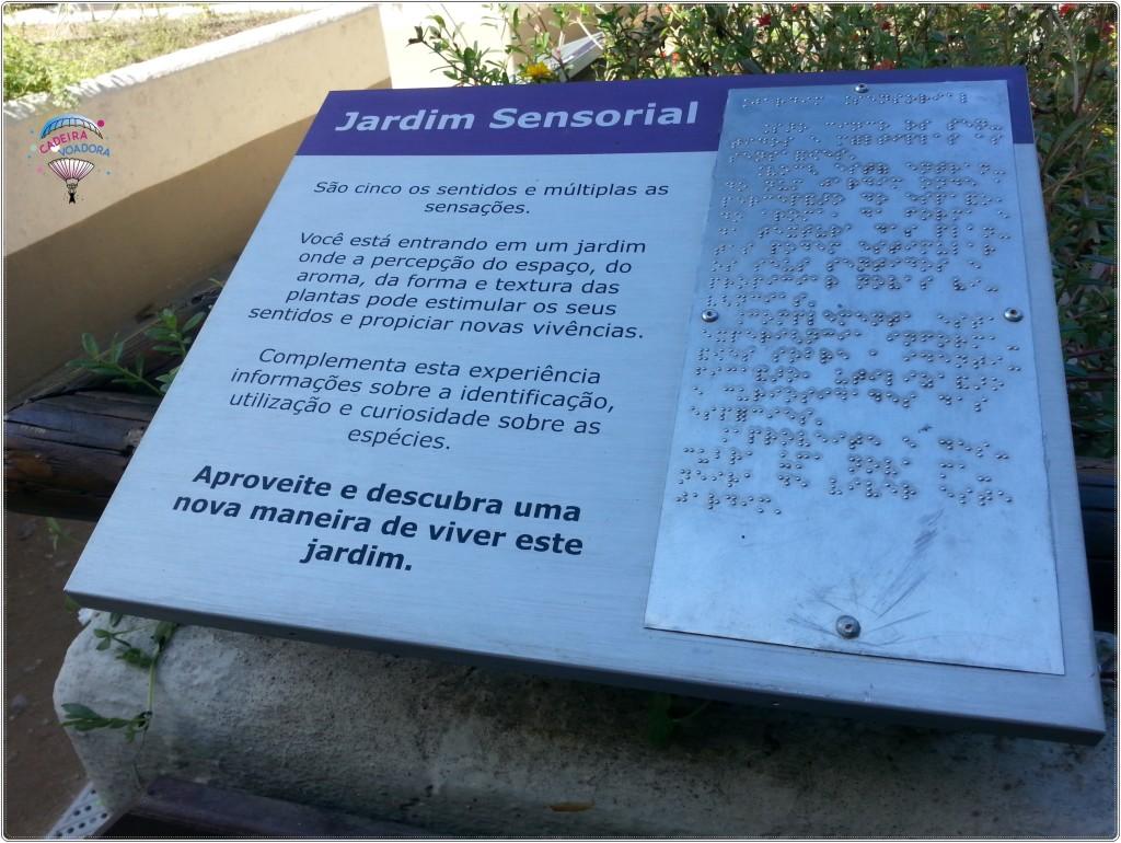 Informação em braile no Jardim Sensorial