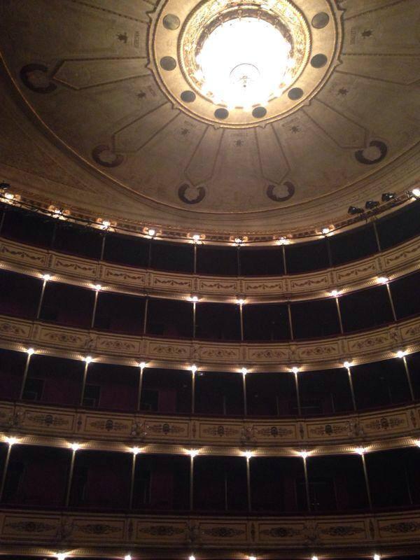 O Majestoso Teatro Solís