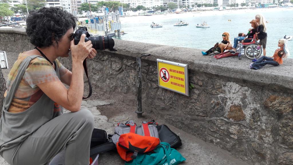 Marta, que é psicóloga e fotógrafa, aproveitou para fotografar Tina Descolada (criação sua) e suas amigas