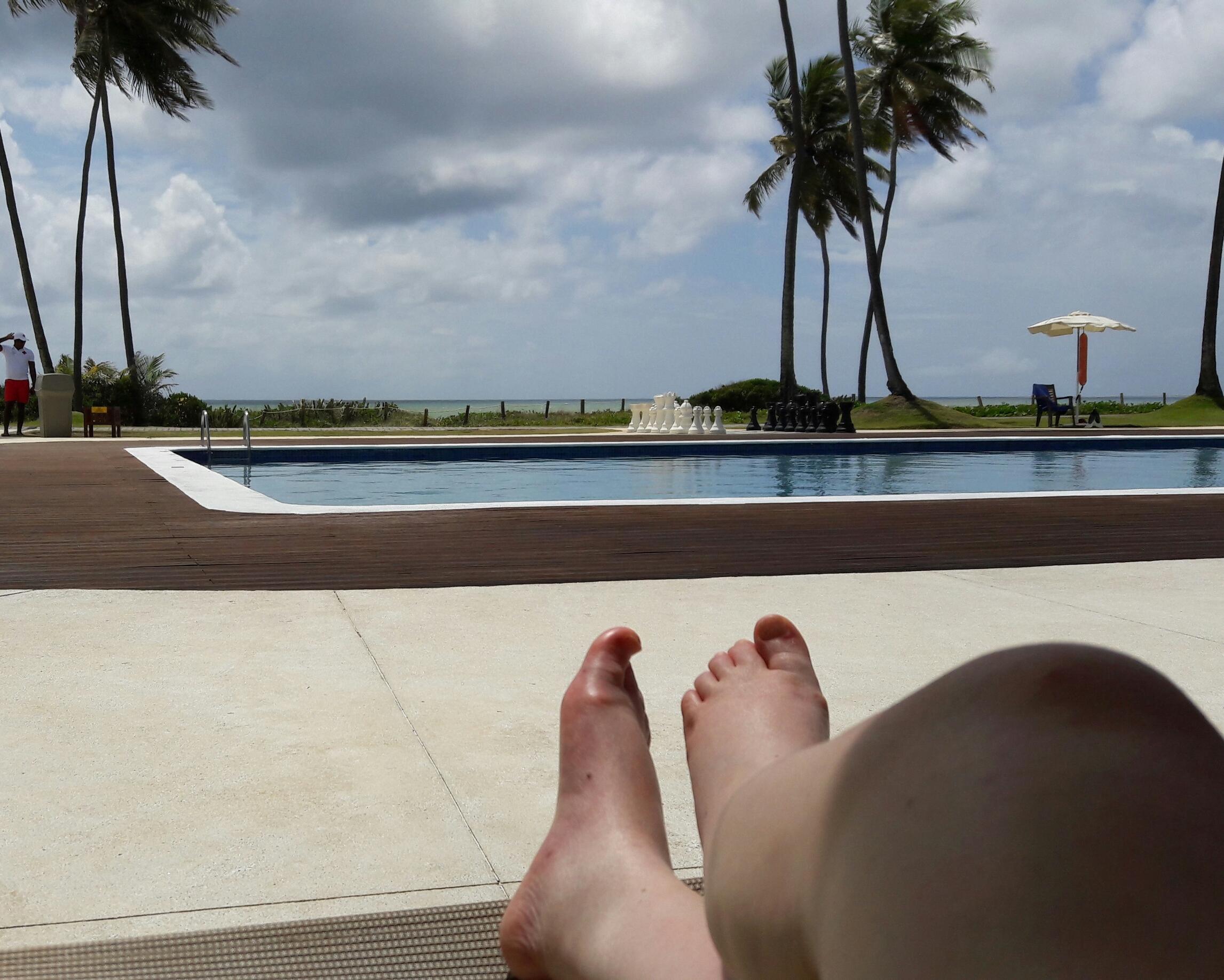 fe60e88b4 Da piscina mais calma, também se pode contemplar o mar.