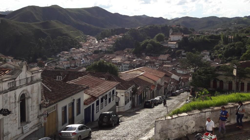 Foto de Ouro Preto tirada do alto da Escola de Minas.