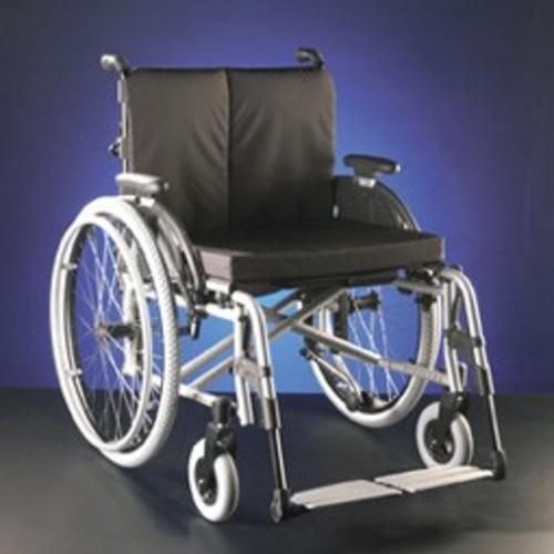 Esta é uma cadeira dobrável em X