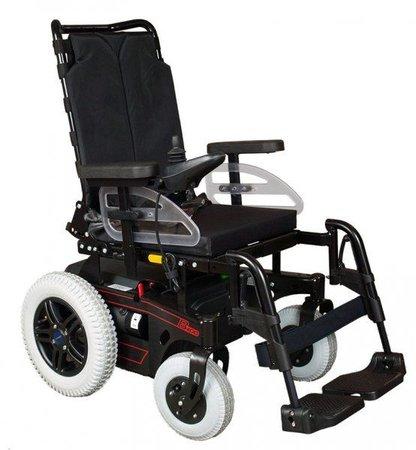 """A foto mostra uma cadeira motorizada (embora não seja errado, não é adequado falar """"cadeira elétrica"""", por remeter aos equipamentos usadas para eletrocutar condenados à pena de morte)"""