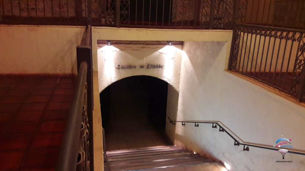 Escadaria para a bodega Casillero del Diablo